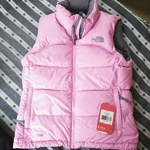 Women's North Face vest... NWT Size Small